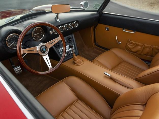 Ferris-Ferrari-interior.jpg