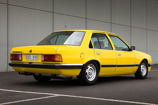 holden-commodore-vh-5.jpg
