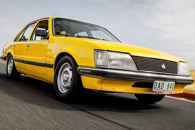 holden-commodore-vh-onroad-2.jpg