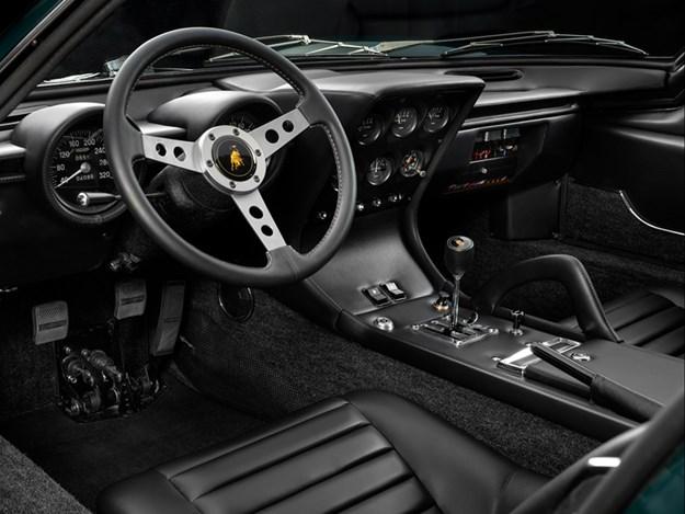 Lamborghini-Miura-Millechiodi-interior.jpg