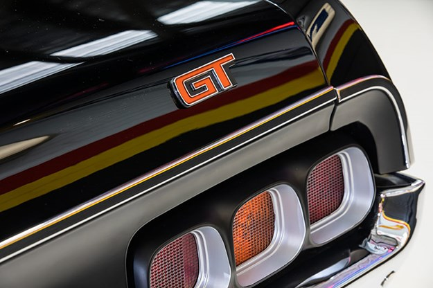 ford-falcon-xa-gt-rpo83-sedan-tail-light.jpg