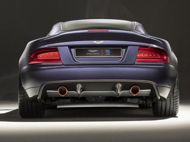 Aston-Martin-Vanquish-25-rear.jpg
