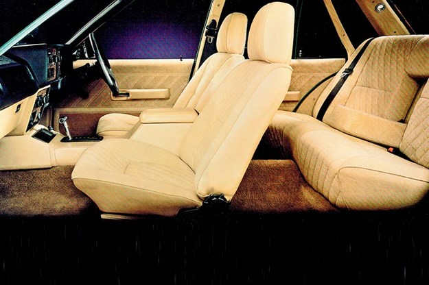 ford-fairlane-interior.jpg