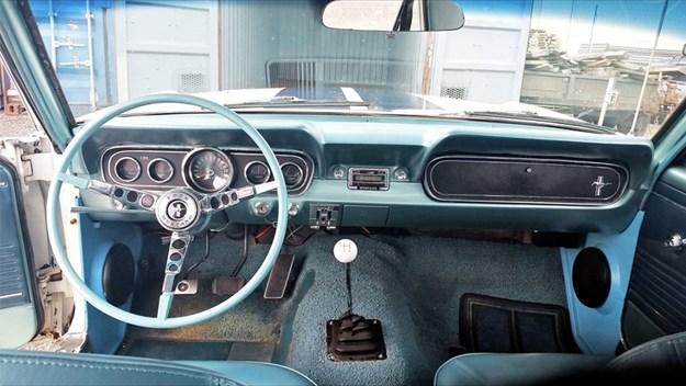 Mustang-Tempter-interior.jpg