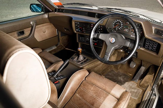 bmw-alpina-interior.jpg