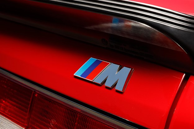 bmw-m6-badge.jpg