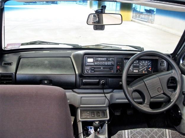Golf-Cabrio-interior.jpg