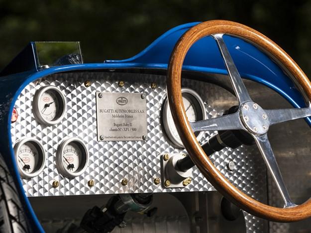 Baby-Bugatti-interior.jpg