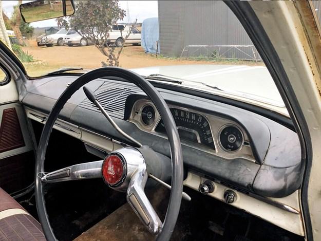 Cheap-EJ-interior.jpg