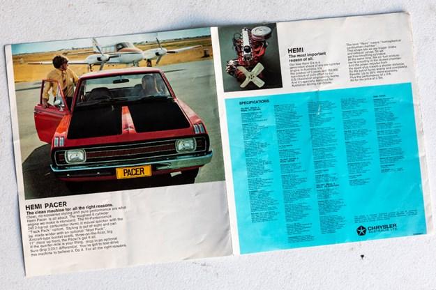 valiant-pacer-brochure.jpg