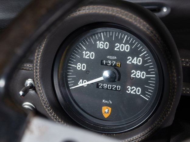 Lamborghini-Miura-interior-odo.jpg