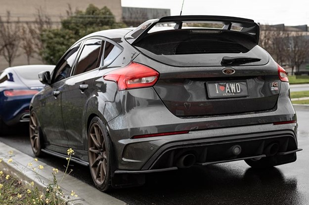 ford-focus-rear.jpg