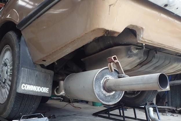 holden-vb-commodore-repairs-10.jpg
