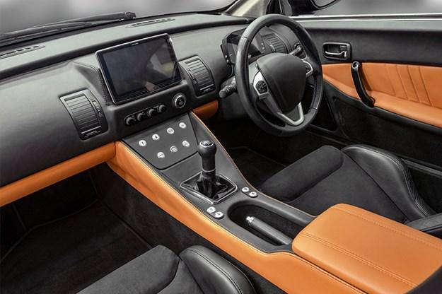 Bolwell-Nagari-500-interior.jpg