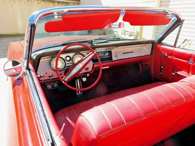Buick-LeSabre-interior.jpg