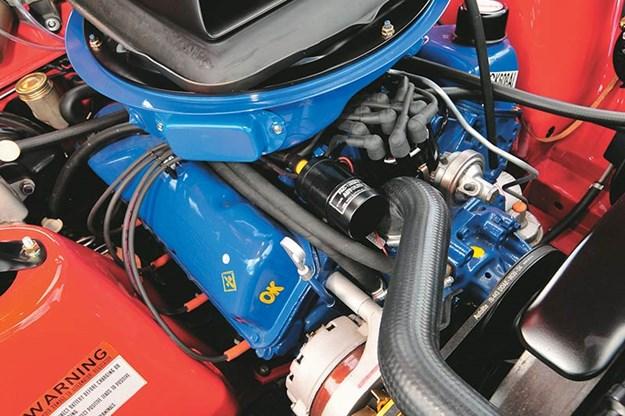 ford-falcon-xy-gtho-engine-bay.jpg
