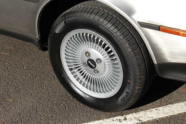 delorean-wheel.jpg