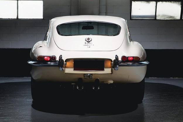 Jaguar-e-type-rear.jpg