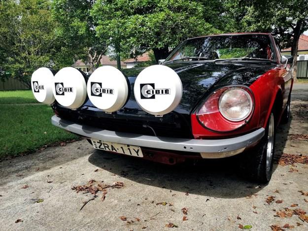 datsun-240z-front-rally-lights.jpg