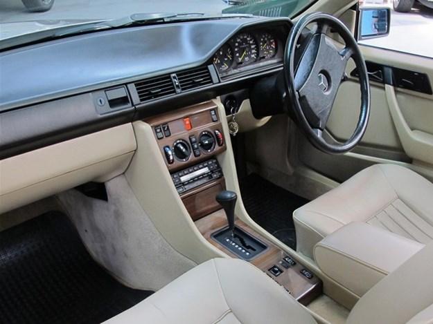 300CE-interior.jpg