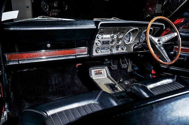 ford-falcon-gtho-phase-i-interior.jpg