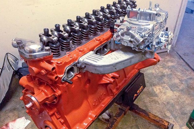 holden-hz-resto-engine.jpg