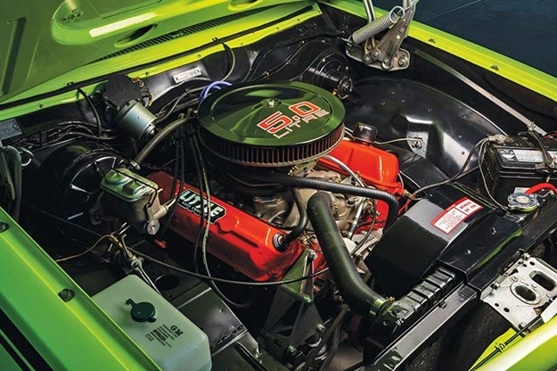 holden-torana-engine-bay.jpg