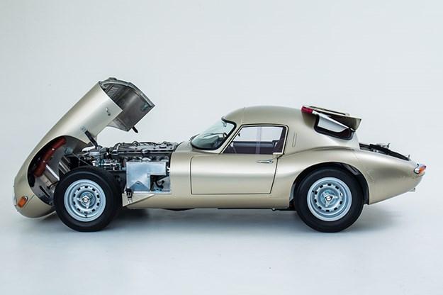 jaguar-etype-lightweight-side.jpg