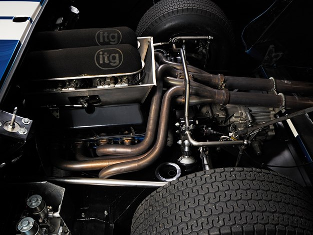 Ford-GT40-engine.jpg