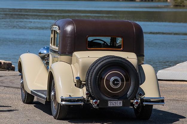 rolls-royce-phantom-rear.jpg