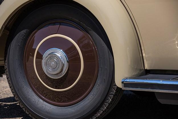 rolls-royce-phantom-wheel.jpg