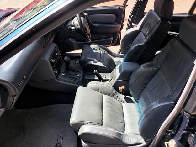 HSV-Manta-interior-front.jpg