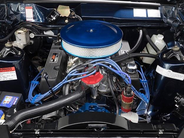 Rothmans-XA-engine.jpg