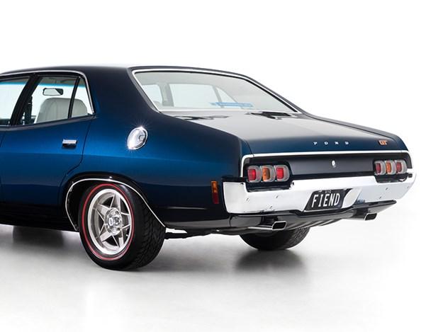 Rothmans-XA-rear-side.jpg