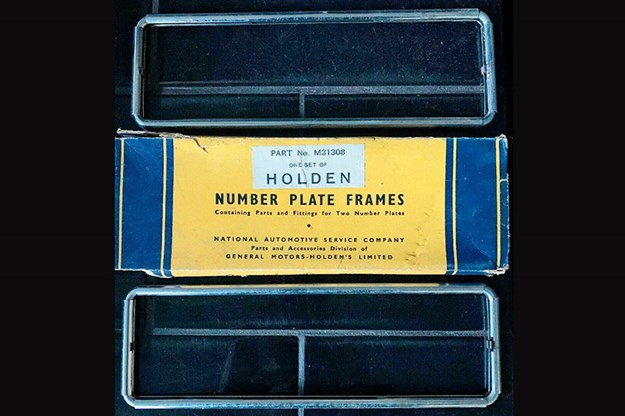 holden-plate-frames.jpg