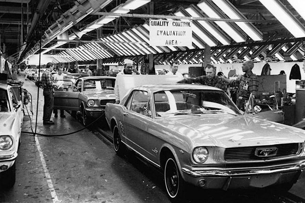 ford-mustang-production-line-2.jpg
