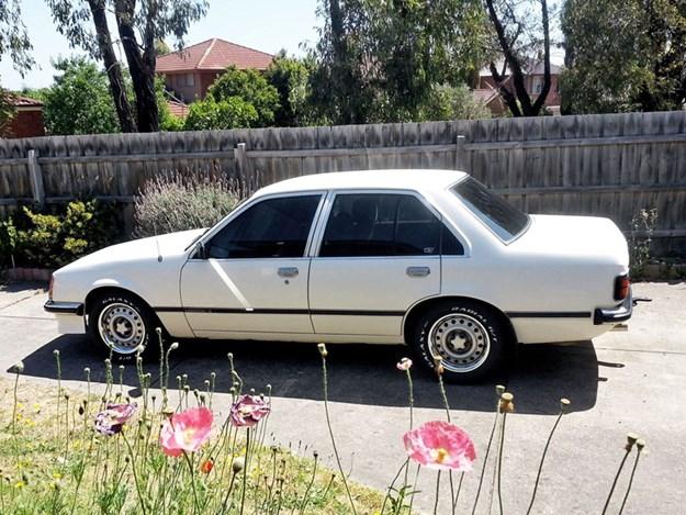 VC-SL-rear-side.jpg