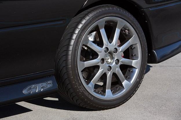 hsv-gts-wheel.jpg