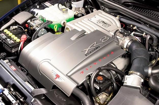 ford-falcon-au-engine-bay.jpg