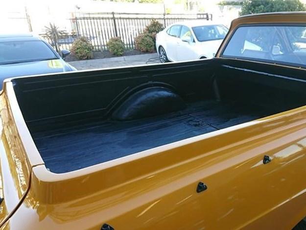 XY-4x4-rear-bed.jpg