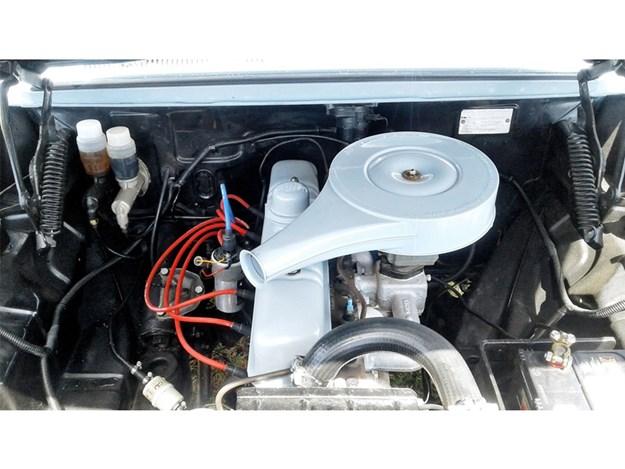 EJ-Holden-tempter-engine.jpg