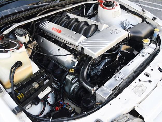 VR-ute-in-California-engine.jpg