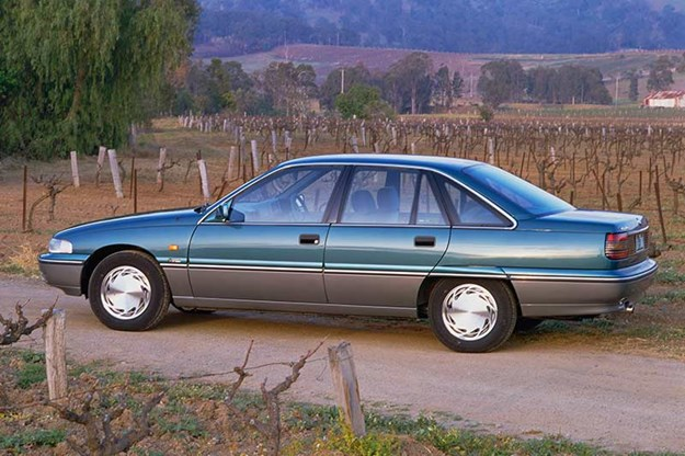 R:\Web\WebTeam\Mary\Motoring\UC 436\commodore end\holden-commodore-2.jpg