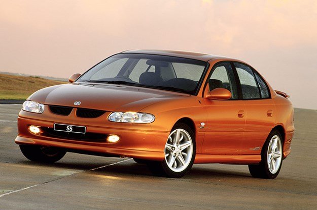 R:\Web\WebTeam\Mary\Motoring\UC 436\commodore end\holden-commodore-vt-ss.jpg
