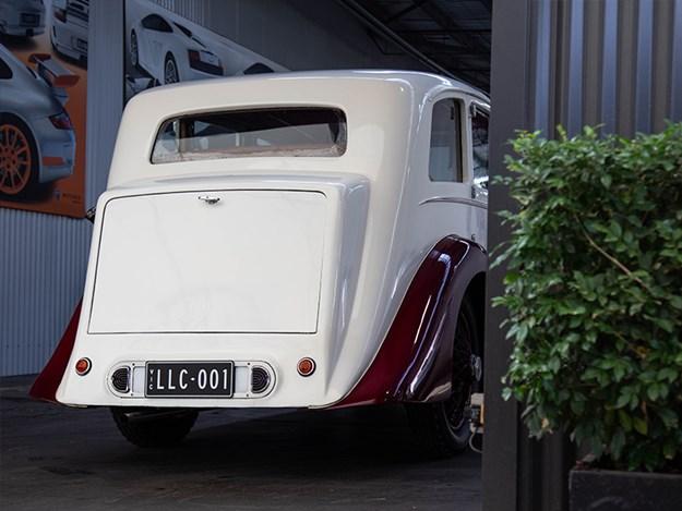 C:\Users\aaffat\Documents\1927-Rolls-Royce-Lorbek-rear.jpg