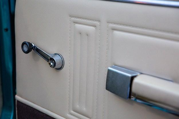 chrysler-valiant-charger-doortrim.jpg