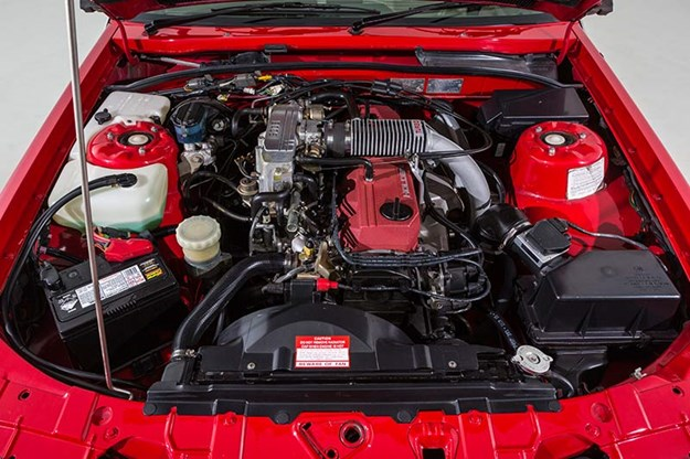 holden-vl-commodore-engine-bay-2.jpg