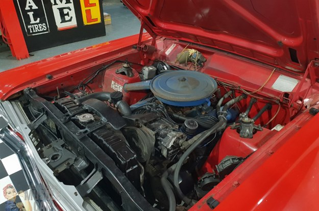 ZD-Fairlane-engine.jpg