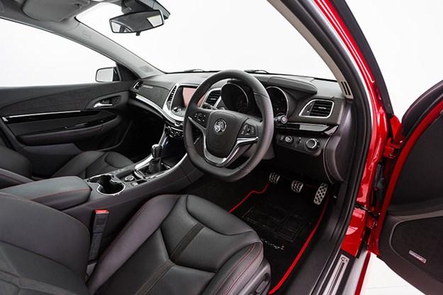 holden-vf-motorsport-interior.jpg