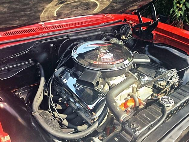 Chevrolet-Impala-SS-engine.jpg